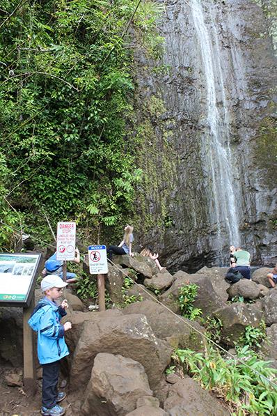 Am Ende der Wanderung sind wir nun bei den Manoa Falls angekommen.